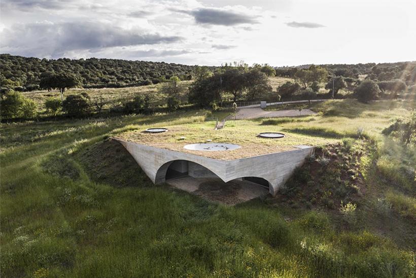 Casa na Terra in Portugal - eine Auszeit naturnah. Friedliche, bezaubernde Stille in außergewöhnlicher Architektur, stilvoll designed