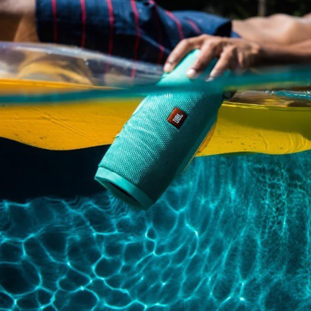 JBL Charge 3 - Wasserdichter Bluetooth Lautsprecher