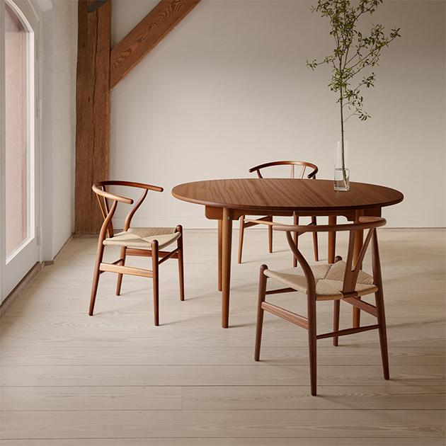 Wishbone Chair von Carl Hansen – zeitloser Klassiker der dänischen Designgeschichte und weltweit